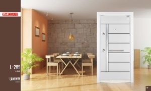 vhodna vrata biala